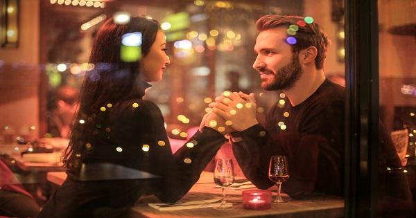 Quel lieu choisir pour son premier rendez-vous après une rencontre en ligne ?