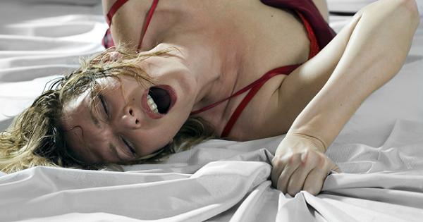Faire un bon cunni : 5 astuces pour donner du plaisir à sa chérie